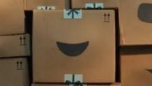 圣诞广告 | 亚马逊圣诞广告上线,会唱歌的快递盒又回来了